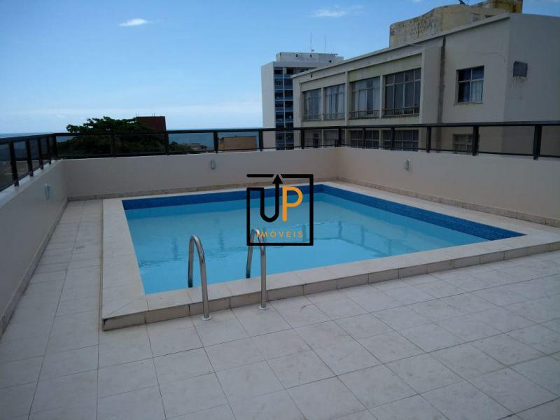 Prédio com 39 apartamentos tipo Flat à Venda na Barra.